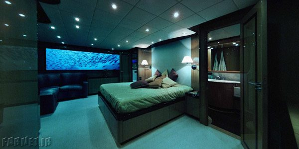 o-LOVERS-DEEP-SUBMARINE-HOTEL-facebook